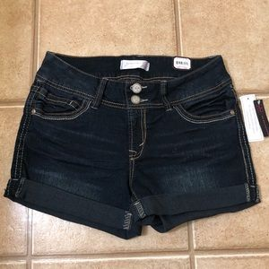 NOBO Belted curvy shorts Super Dark